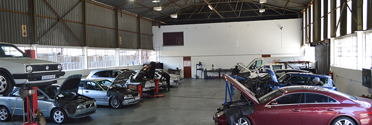 Superior Car Clinic - Workshop